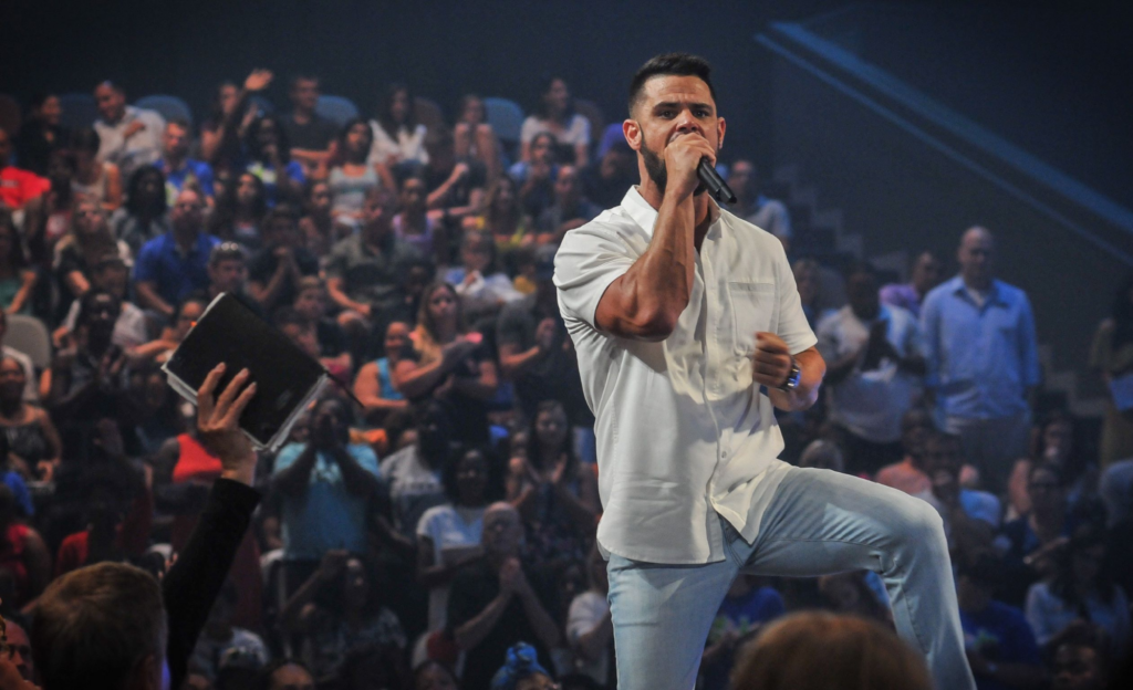 Voices of well known preachers-Steven Furtick